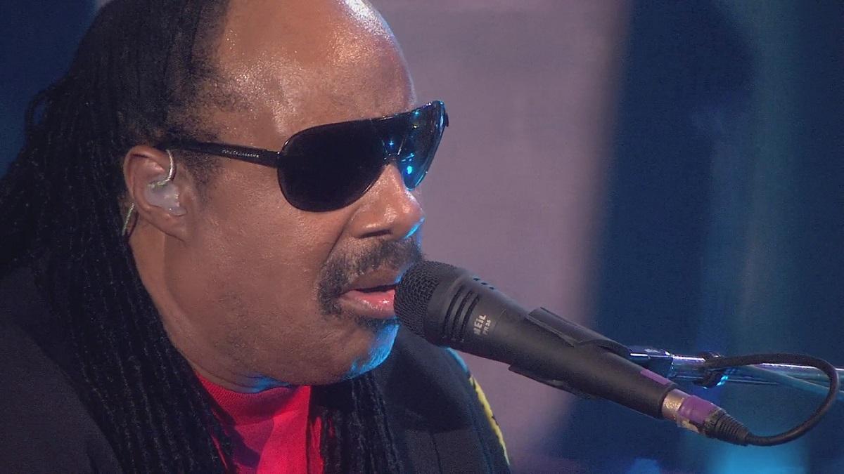 2008 Stevie Wonder - Live At Last [BDRip 1080p]
