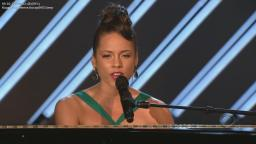 2008 Alicia Keys and Frank Sinatra - Learnin The Blues (50th Grammy Awards) [HDTV 720p]