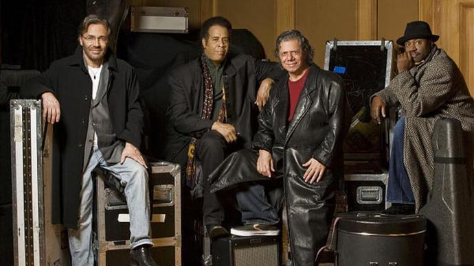 2009 Return To Forever - Returns (Live At Montreux)